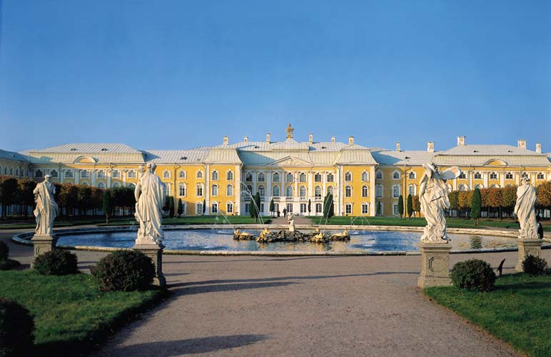 THE GREAT PETERHOF PALACE - Peterhof - TicketsOfRUSSIA.ru Royal Blue Throne