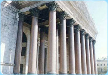 ST.ISAAC'S CATHEDRAL - Colonnade