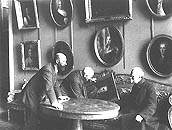 Pyotr Neradovsky, Igor Grabar and Nikolai Okolovich in Hall No.VI (now No.9).1923